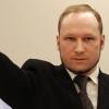 Terrorista mantido em «solitária» quer processar estado norueguês