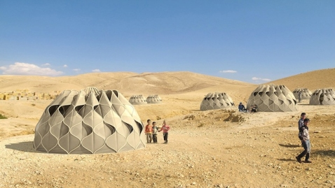 Tenda-high-tech em-campos- refugiados